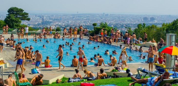 The most beautiful outdoor pools in Vienna